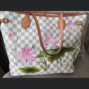 White hand painted bag